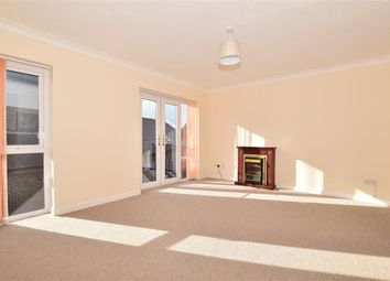 2 bed flat for sale in Farm Close, Barns Green, Horsham, West Sussex RH13