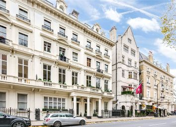 Thumbnail 3 bed flat to rent in Palace Gate, Kensington, London