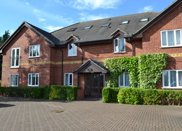 Thumbnail 2 bed flat to rent in West End House, Newbury, Berkshire
