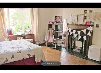 Thumbnail 9 bed terraced house to rent in Ash Grove, Leeds