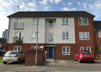 Thumbnail 2 bed flat for sale in Longwood Avenue, Langley, Slough