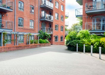 Thumbnail 3 bedroom flat for sale in Walton Well Road, Oxford