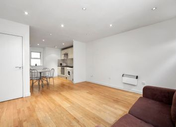 Thumbnail 2 bed flat to rent in Voss Street, London