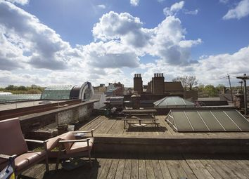 Thumbnail 3 bed flat for sale in Rye Lane, London