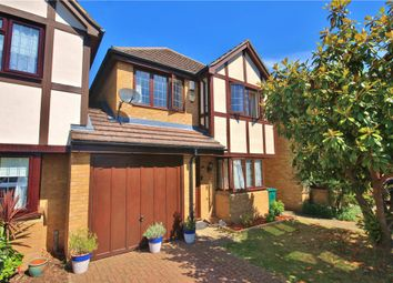 4 bed detached house to rent in The Cygnets, Staines-Upon-Thames, Surrey TW18