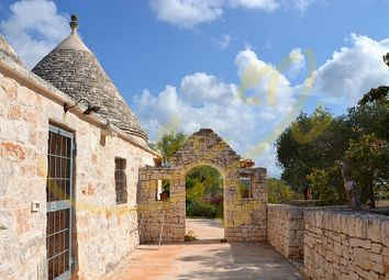 Thumbnail Country house for sale in Cisternino, Puglia, Italy