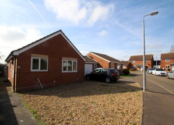Thumbnail 3 bedroom bungalow to rent in Baxter Close, Long Stratton, Norwich