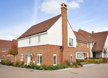 Thumbnail 3 bed detached house for sale in Faygate, West Sussex