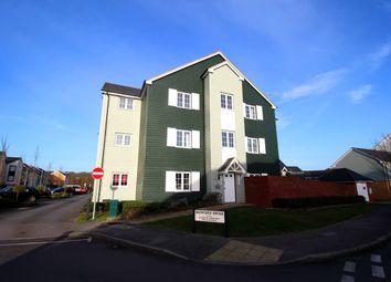 Thumbnail 2 bed flat for sale in Lynn Crescent, Fareham