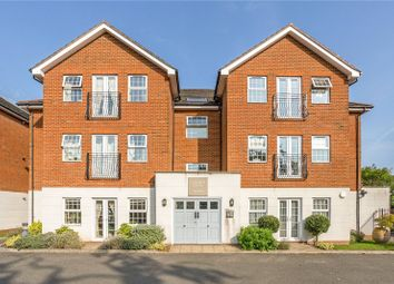 Latimer Court, 35 Chesham Road, Amersham, Buckinghamshire HP6. 2 bed flat