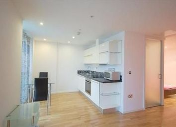 Thumbnail Studio to rent in Millharbour, London