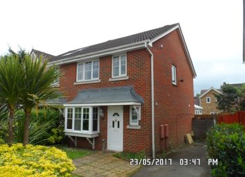 Thumbnail 3 bed property to rent in Heynes Green, Maidenhead