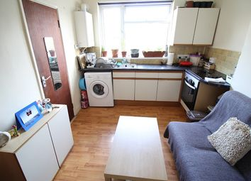 2 bed flat to rent in Flat 3, 18 Mundy Place, Cathays, Cardiff CF24