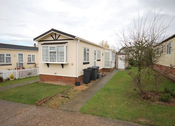 Thumbnail 2 bedroom mobile/park home for sale in Applegarth Park, Seasalter Lane, Whitstable