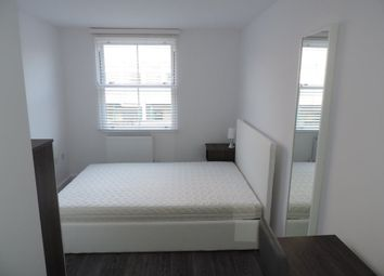 Thumbnail Room to rent in Rm 5 Ft 5, Priestgate, Peterborough