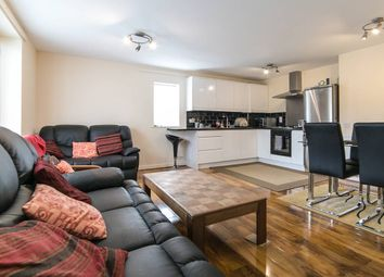 Thumbnail 2 bed flat to rent in Plumstead Road, Woolwich