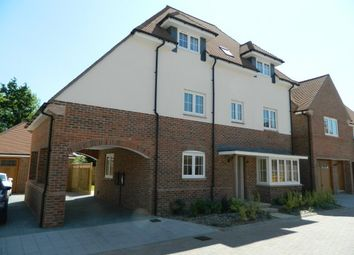 Thumbnail 4 bed property to rent in Kilnwood Close, Faygate, Horsham