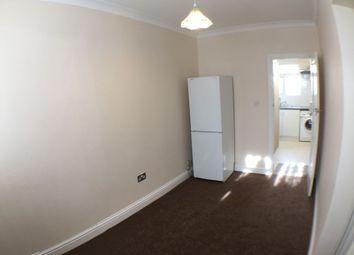 Great West Road, Hounslow TW5. Studio to rent