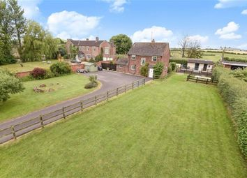 Thumbnail 3 bed detached house for sale in Wroughton, Swindon