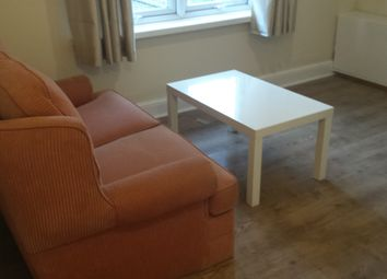 Thumbnail 1 bedroom flat to rent in Crescent Road, Luton