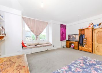 Thumbnail 2 bedroom flat to rent in Collingbourne Road, London