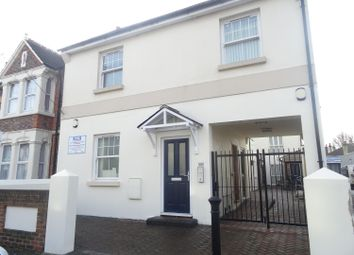 Thumbnail 2 bedroom flat to rent in Tarring Road, Worthing, West Sussex