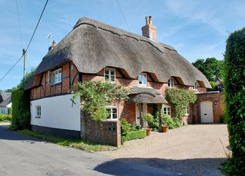 Thumbnail 5 bed cottage for sale in Harrow Road, Neacroft, Bransgore