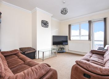 Thumbnail Flat for sale in Holdernesse Road, London