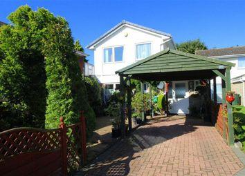 Thumbnail 5 bedroom detached house for sale in Waltham Close, West Bridgford, Nottingham