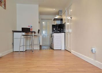 Thumbnail 1 bed flat to rent in Franklin Way, Croydon