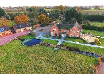 Thumbnail 9 bed detached house for sale in Hawkes Mill Lane, Allesley, Coventry
