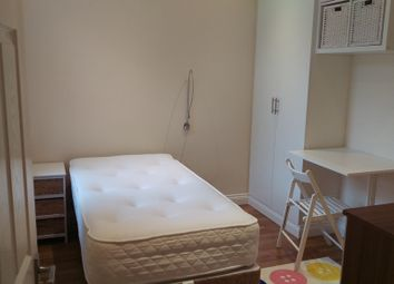 Thumbnail Room to rent in Algernon Road, London