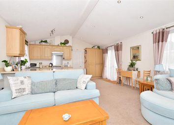 2 bed mobile/park home for sale in The Broadway, Minster On Sea, Sheerness, Kent ME12