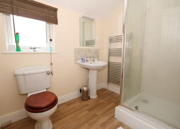 Thumbnail 5 bed property for sale in Ampthill Road, Kempston, Bedford