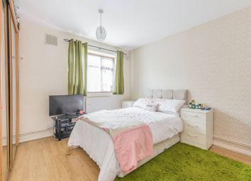 Thumbnail 3 bed flat for sale in Lennox Rd, Stroud Green, London