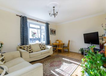 Thumbnail 2 bed flat to rent in Dounesforth Gardens, Earlsfield
