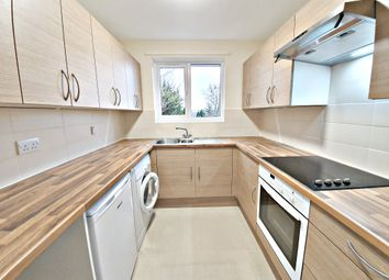 Thumbnail 1 bed flat to rent in Lingfield Close, High Wycombe