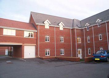 Thumbnail 2 bedroom flat to rent in Windsor Court, Newbury