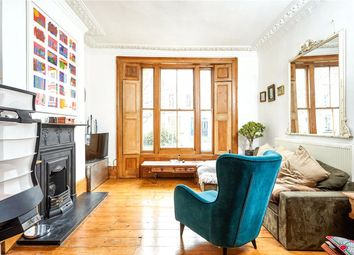 Thumbnail 1 bedroom flat for sale in Oakley Road, Islington