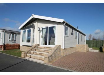 Thumbnail 2 bedroom detached bungalow for sale in Burnhouse, Beith