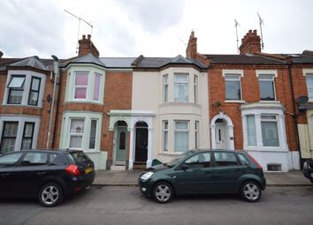 3 bed property to rent in Whitworth Road, Abington, Northampton NN1