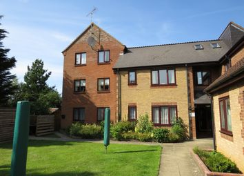 Thumbnail 2 bedroom flat for sale in Leaside, Heacham, King's Lynn