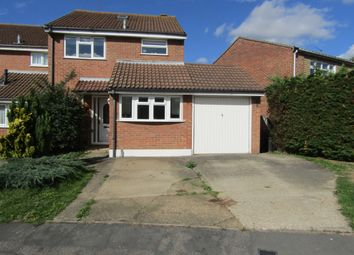 3 bed detached house for sale in Aldwych Close, Hornchurch RM12