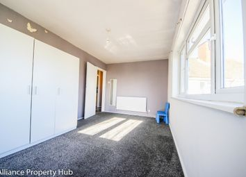 Thumbnail 2 bed flat to rent in Brading Crescent, Wanstead