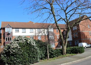 Thumbnail 2 bed flat to rent in Swaythling Close, London