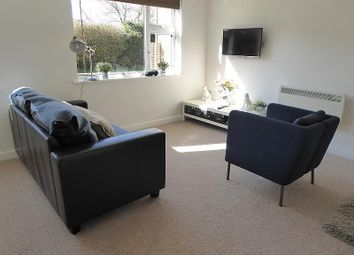 Thumbnail Studio to rent in Pages Gardens, Reading Road, Pangbourne, Reading