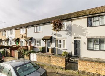 2 bed property for sale in Cranswick Road, London SE16