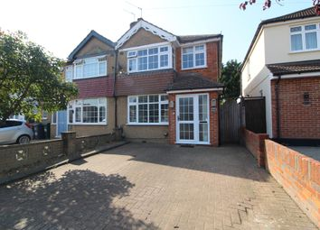 Barton Way, Croxley Green, Rickmansworth WD3. 3 bed semi-detached house