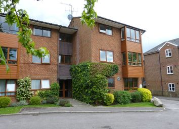 Thumbnail 1 bed flat to rent in Belmont Road, Leatherhead