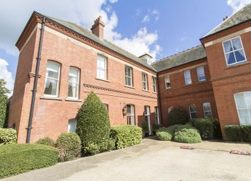 Thumbnail 2 bed flat for sale in Cadogen House, Repton Park, Woodford Green